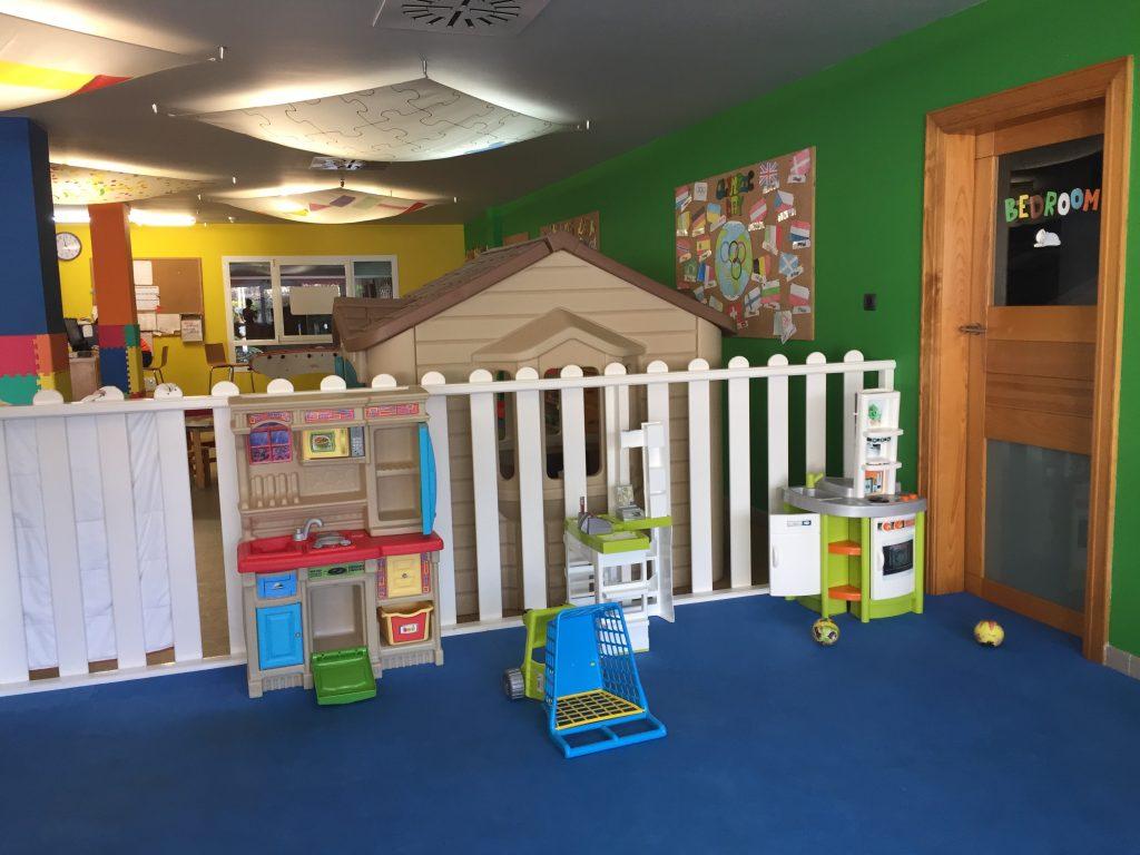 Kindvriendelijk Tenerife miniclub speelhoek