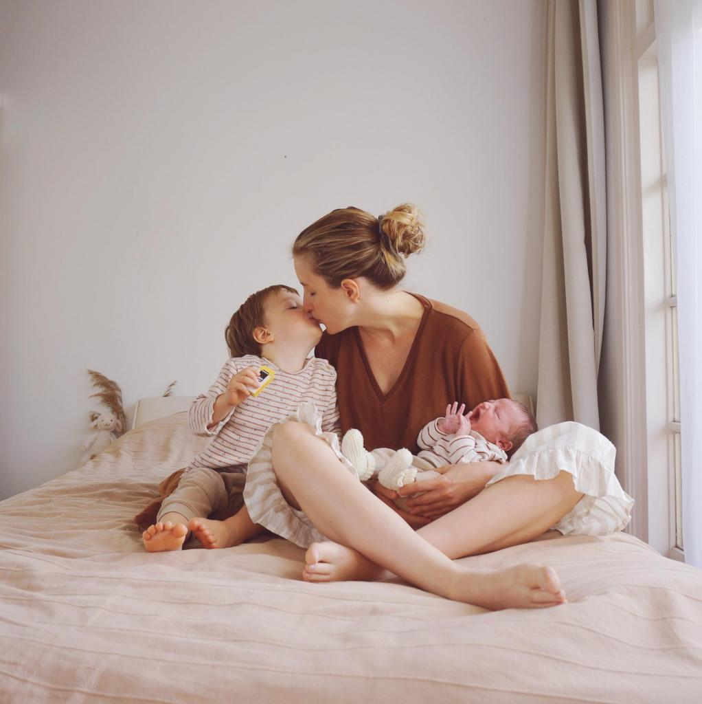 wennen aan de baby kusje